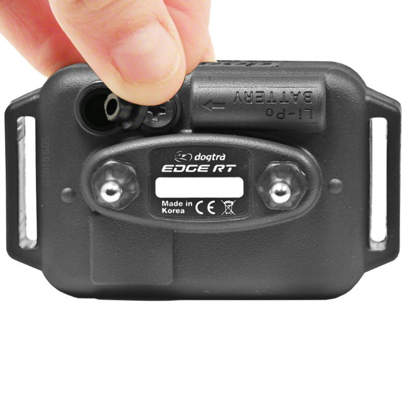 Dogtra Edge RT Receiver Charging Port