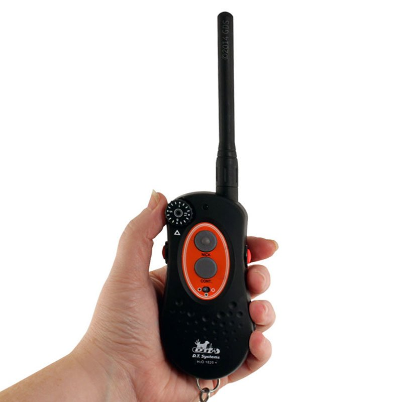 H2O 1820 PLUS Transmitter in Hand