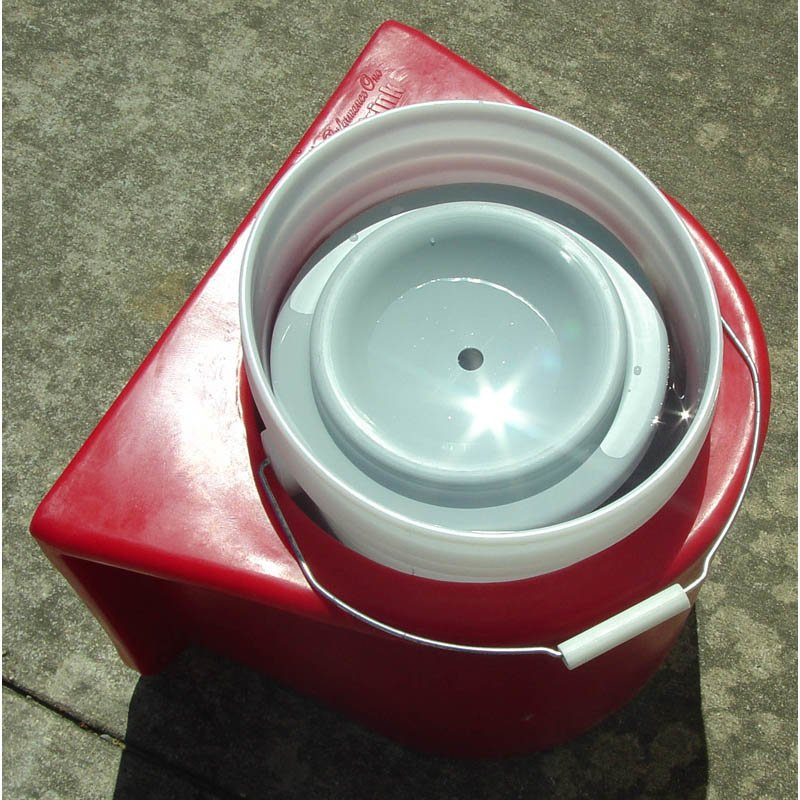 Kane Insulated Bucket Holder And Water Cover Kwbh5 Lb