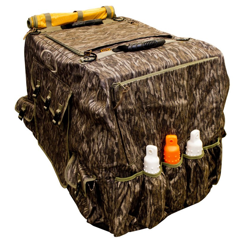 Large Extended Bottomland Camo Insulated Kennel Cover By