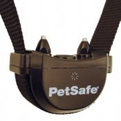 shop Stay + Play Wireless Pet Fence Collar Detail