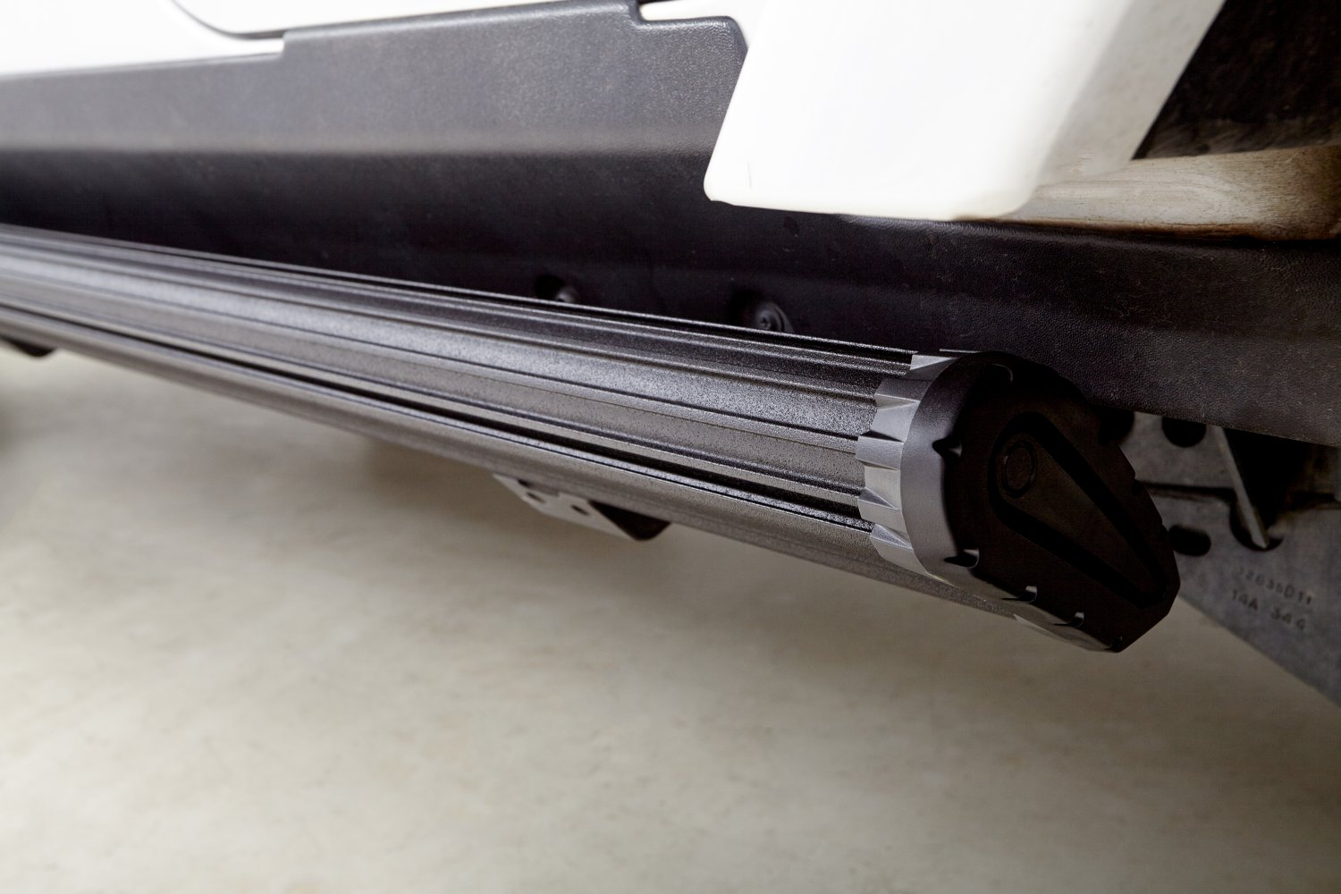 Electric Running Boards >> 2018 Jeep Wrangler Jl 4 Door Amp Research Powerstep Xtreme Electric Running Boards