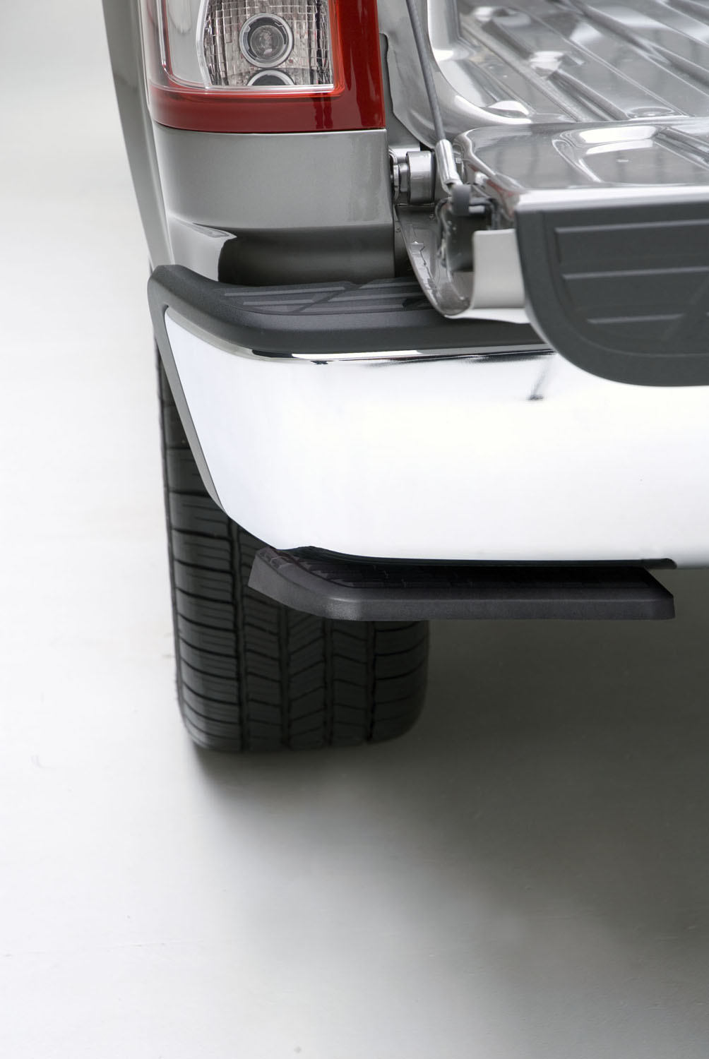 Ram 1500 Bumper >> BedStep Truck Bed Step by AMP Research for Dodge - 2009 ...
