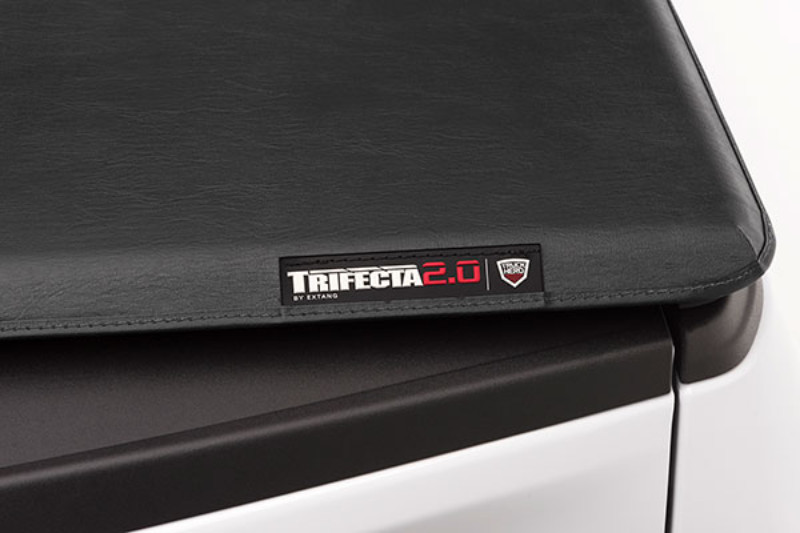 Extang Trifecta Folding Tonneau Covers For Dodge Dakota 2005