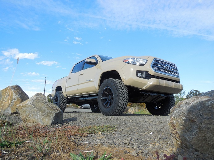 2016 Toyota Tacoma Lifted >> 2016 2018 Toyota Tacoma 4wd Revtek Complete Lift Kit 3 Front 1 25 Rear Lift