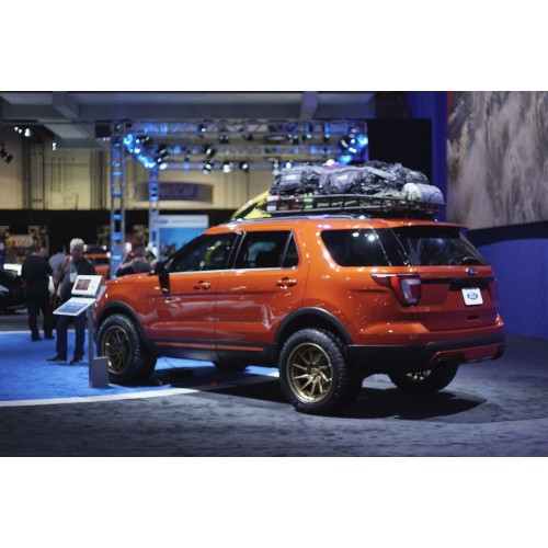 Lifted Ford Explorer >> 2011 2018 Ford Explorer Traxda Complete Lift Kit 2 25 Front 1 25 Rear Lift
