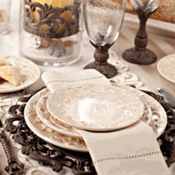 Acanthus Dinnerware Collection