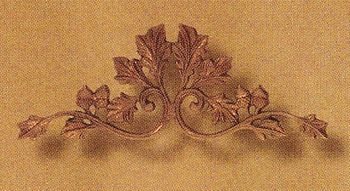 Oak and Acorn Small Drapery Crown