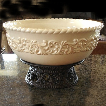 "12"" Serving Bowl w/ Pedestal"