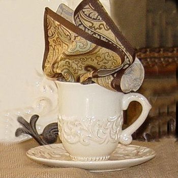 Acanthus Tall Cup w/Saucer (Set)