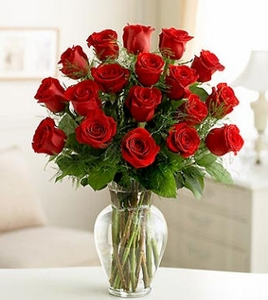 18 Roses Happy Sweetest Day