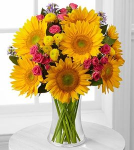 Dazzling Days Sunflower Bouquet