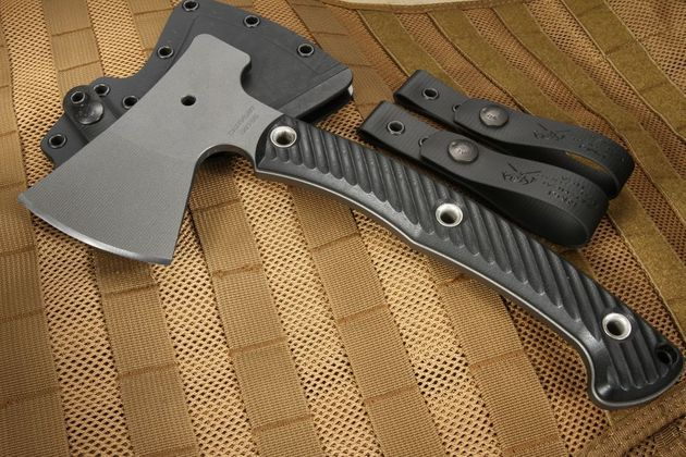 RMJ Tactical Outpost Camp Axe - Black