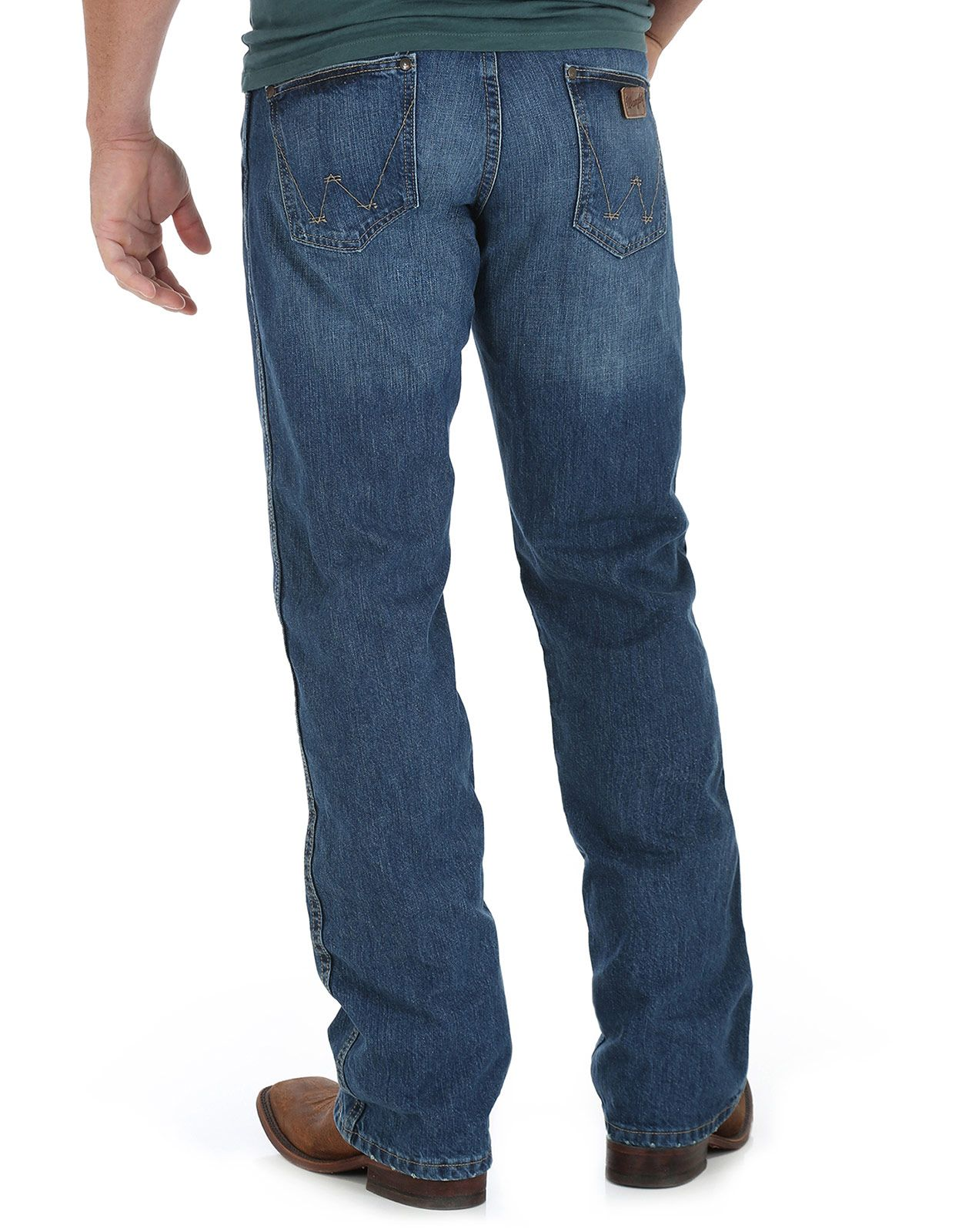 Wrangler Men's Retro Mid Rise Relaxed Fit Boot Cut Jeans - True Blue