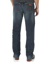 Wrangler Men's Retro Slim Straight Low Rise Slim Fit Straight Leg Jeans - Bozeman