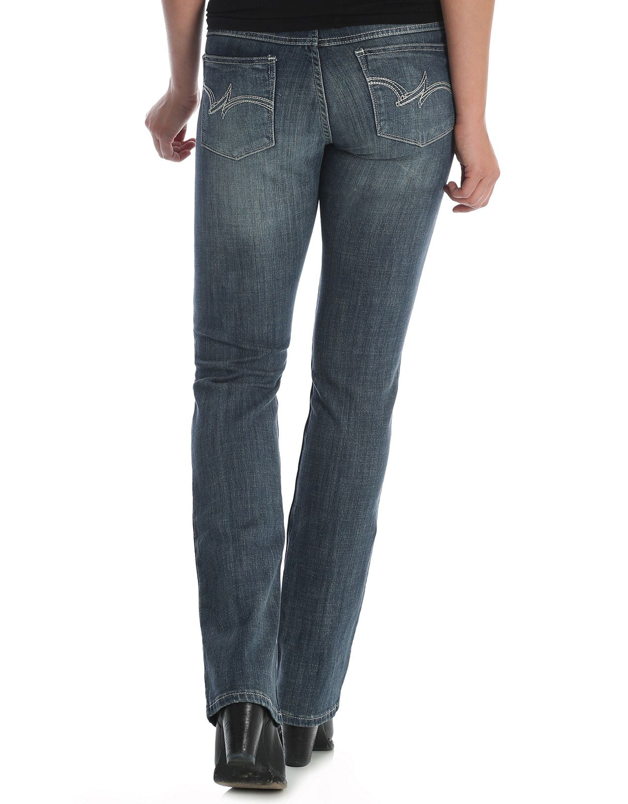 Wrangler Women's Essential Mid Rise Regular Fit Straight Leg Jean - MS Wash