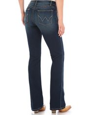 Wrangler Women's Ultimate Riding Q-Baby Stretch Mid Rise Slim Fit Boot Cut Jeans - NR Wash