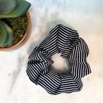Pretty Simple Scrunchie - Navy Stripe