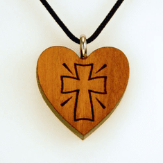 Heart With Cross On Pendant-4C