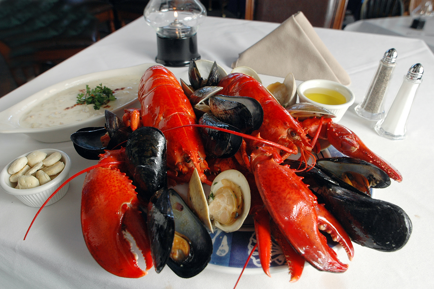 Quot Classic Quot Lobster And Shellfish Dinner For Two