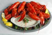 <I><b>Lobsters & Clam Chowder!</I>