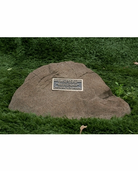Lincoln Cast Stone Pet Memorial Rock with Bronze Plaque - Optional Cremation Urn