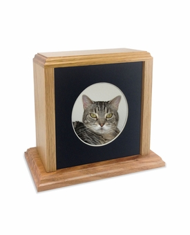 Solid Oak Wood Small Pet Cremation Urn with Round Photo Mat Board