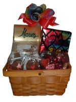 Valentine Basket - 41 oz.