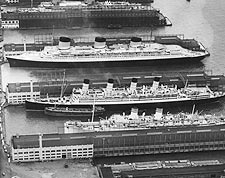1939 Ocean Liners in New York City Harbor Photo Print for Sale