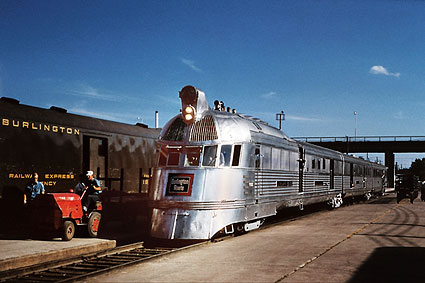 CB&Q Railroad 'Pioneer Zephyr' Train Photo Print