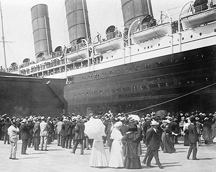 Lusitania Cruise Ship New York City 1907 Photo Print
