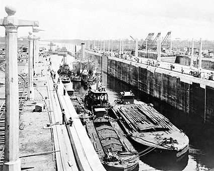 Panama Canal Lake Gatun Locks 1913 Photo Print