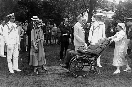 President Coolidge Greets Wounded Soldiers Photo Print