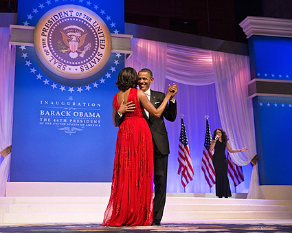 President Obama and Michelle Dance at Inaugural Ball 2013 Photo Print