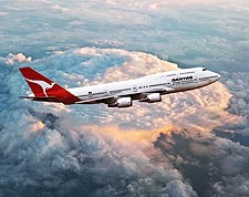 Qantas Airlines Boeing 747-400 in Flight Photo Print for Sale