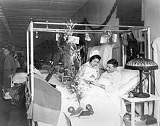 Red Cross Nurse & Soldier On Christmas WWI Photo Print for Sale