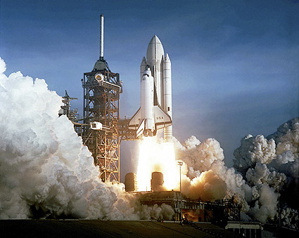 Space Shuttle Columbia STS-1 Launch 1981 Photo Print