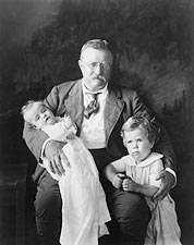 Theodore Roosevelt & Grand Children 1916 Photo Print for Sale