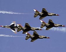 Thunderbirds F-16 Falcons in Flight Photo Print for Sale
