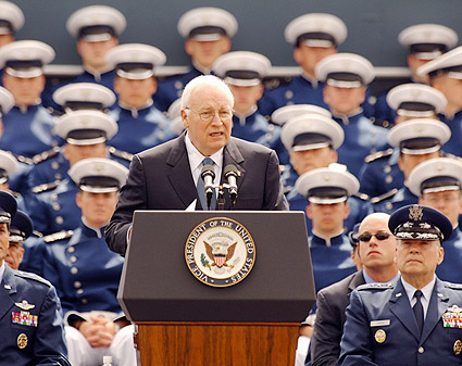VP Dick Cheney & US Air Force Class 2005 Photo Print