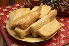 Del Real Foods Gourmet Chicken Tamales in Red Sauce