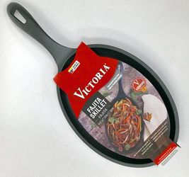 Fajita Skillet Seasoned Cast Iron Victoria Brand