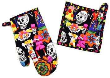 Skelleton Wedding Dark Pot Holder and Oven Mitt