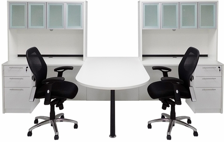 White 2-Person Shared Workstation w/Hutches