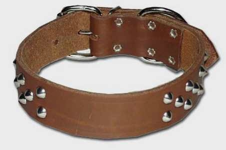 Wide Front D Cone Stud Leather Collar