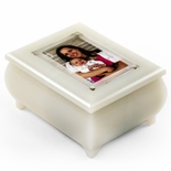 "3"" x 2"" Wallet Size Pearl Color Photo Frame Music Box with New ""Pop-Out"" lens System"