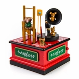 Animated Red with green and White Musical Gramophone Mouse and Friends