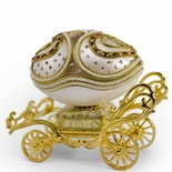 Exquisite Golden Carriage Musical Goose Egg with Miniature 18 Note Movement