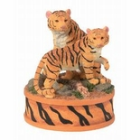 Gorgeous Tiger Figurine From Westland