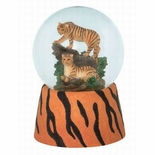 Incredible Tiger Family Waterglobe Playing �Free As The Wind�